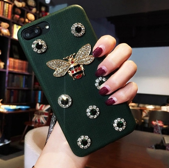 Accessories - IPHONE 7&8 PLUS Luxury 3D Metal Bee PearlCase
